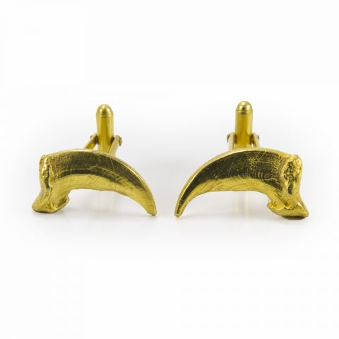 24K Yellow Gold Plated on Sterling Silver Wolf Claw Cufflinks for mens fashion shown from the front and made by Hand of Solomon Native Jewelry. Toronto Fashion and mens jewellery made by Louise Solomon.
